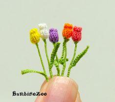 Miniature amigurumi crochet tulip flower, tulips are sold individually - choose quantity and color at checkout. Crochet Art, Crochet Animals, Irish Crochet, Crochet Flowers, Crochet Patterns, Mini Amigurumi, Japanese Crochet, Crochet Buttons, Miniature Crafts