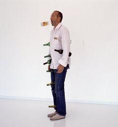 Afbeeldingsresultaat voor erwin wurm one minute sculptures Human Sculpture, Sculpture Art, Erwin Wurm, Just For Today, Art Of Living, Pattern Art, Art Images, Installation Art, Design Art