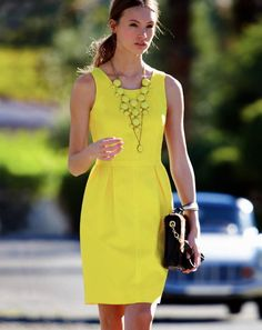 :::: Luv to Look ::: 'Cuz there's beauty in everything: Beautiful neon dress with beautiful yellow necklace