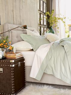 10 Things Every Bedroom Deserves