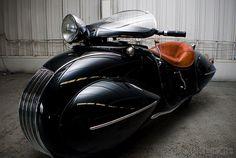 1930 HENDERSON CUSTOM     Embora todas as marcas norte-americanas de motos mereçam respeito e  admiração, a Henderson, uma marca criad...