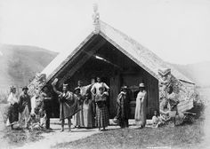 A group stand outside Hinemihi meeting house at Te Wairoa, near Rotorua, in the before the eruption of Mt Tarawera. (as per the link to Te Ara) Cuba Street, Nz History, New Zealand Architecture, Maori People, Eden Park, Maori Designs, Maori Art, Kiwiana, New Opportunities