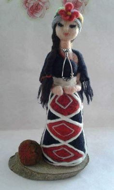 Felt Art, Textile Art, Needle Felting, Primitive, Textiles, Christmas Ornaments, Holiday Decor, Antique Dolls, Felted Wool Crafts