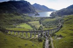 Glenfinnan Railway Viaduct, Scotland. This looks like harry potter!