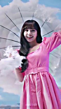 Black Pink Songs, Black Pink Kpop, Blackpink Lisa, Kpop Girl Groups, Kpop Girls, Blackpink Debut, Girls Twitter, Black Pink Dance Practice, Kpop Girl Bands