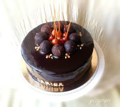Tort ADI cu ciocolata, alune si fructe de padure | Pleziruri Just Cakes, Dessert Recipes, Desserts, Homemade Cakes, Something Sweet, Mousse, Panna Cotta, Biscuits, Food And Drink