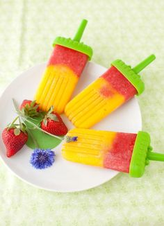 Mango and Strawberry Popsicles recipe, how to cook Mango and Strawberry Popsicles ingredients and directions : DesiChef.com