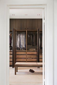 Garderobe_røget eg. Fumed oak joinery design for the walk in robe Walk In Robe, Walk In Wardrobe, Walk In Closet, Room Interior, Interior Doors, Interior Design, Closet Space, Home Reno, Closet Organization