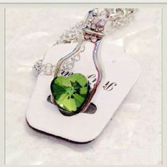 ❤ Brand  Beautiful Drift Bottle Necklace ❗❕  Brand  Beautiful Green Crystal Heart Lucky  Drift Bottle Pendent Necklace ❕            ▫Material: Alloy & White Gold Filled & AAA CZ Crystal Rhinestone❗❕ Unknown Jewelry Necklaces