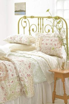 LOVE the iron bed too! #PineConeHillOutlet Fiona Pink Quilt