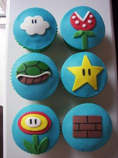We've seen some great and beautiful Super Mario cakes, now it's time for some adorable Super Mario treats. Take a look at photos of these cute Super Mario Super Mario Cupcakes, Bolo Super Mario, Super Mario Bros, Mario Bros Cake, Super Mario Birthday, Mario Birthday Party, Super Mario Party, Cute Cupcakes, Party Cupcakes