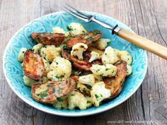 Kartoffeln und Blumenkohl aus dem Ofen mit Bagna cauda