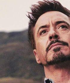 Robert Downey Jr as Tony Stark in Iron Man 3 Iron Man 3, Robert Jr, Robert Downey Jr., Iron Man Tony Stark, Downey Junior, Marvel Actors, Hollywood Actor, Marvel Cinematic, Belle Photo