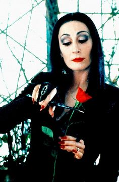 The Addams Family - Morticia Addams Family Morticia, The Addams Family, Morticia Addams Costume, Gomez And Morticia, Anjelica Huston, Shows, Cool Costumes, Halloween Costumes, Good Movies