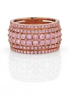 Cerrone pink diamond ring in rose gold, set with princess cut and round brilliant Argyle pink diamonds