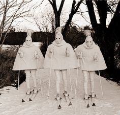ski et snowboard Charles Freger, Ski Et Snowboard, Vive Le Sport, Arte Fashion, Ski Fashion, Art Brut, Weird And Wonderful, Pics Art, Costume Design