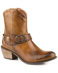 Roper Women's Brown Selah Booties - Round Toe - Country Outfitter Frye Harness Boots, Chukka Shoes, Cowboy Boots Women, Cowgirl Boots, Casual Boots, Shoe Boots, Women's Boots, Riding Boots, Footwear