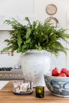My Home Decorated for Christmas... - Pink Peonies by Rach Parcell After Christmas, White Christmas, Christmas Home, Christmas Holidays, Christmas Crafts, Christmas Kitchen, Christmas Greenery, Christmas Music, Christmas Movies