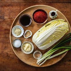 알배추겉절이 - 아내의 식탁 | 프리미엄 감성 레시피로 차려진 맛있는 식탁 Bread Recipes, Love Food, Bread Food, Ethnic Recipes