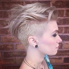 women's short edgy mohawk hairstyle