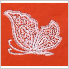 Romanian Lace, Bruges Lace, Bobbin Lacemaking, Bobbin Lace Patterns, Crochet Butterfly, Lace Heart, Point Lace, Lace Jewelry, Lace Making