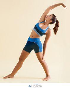 E quem foi que disse que você precisa vestir qualquer coisa para praticar seus exercícios? O importante é estar bonita e confortável, ou seja, só com peças novinhas da Liberta :)
