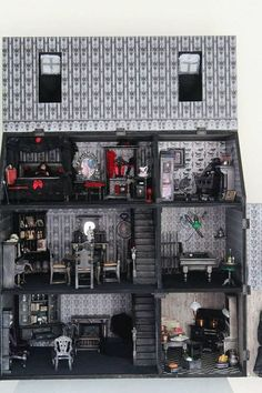 Unique Gothic Spooky Vampire Mansion Dollhouse in Scale complete with all furniture and dolls by Nightfall Miniatures Haunted Dollhouse, Haunted Dolls, Dollhouse Dolls, Dollhouse Miniatures, Dollhouse Ideas, Haunted Houses, Halloween Doll, Halloween House, Spooky House