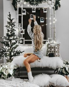 42 Best Ideas For Party Outfit Winter Christmas Style Tumblr, Christmas Aesthetic, Christmas Mood, Xmas, Christmas Fashion, Christmas 2017, Womens Christmas, Christmas Lights, Christmas Ideas
