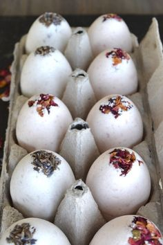 DIY homemade bath bombs with dried lavender and rose petals. Made into eggs for the perfect Easter gifts.
