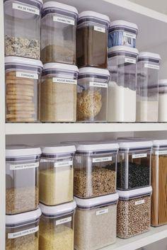 Best and stylish trendy kitchen ideas organisation 25 Kitchen Organization Pantry, Home Organisation, Pantry Storage, Kitchen Storage, Organization Ideas, Organized Kitchen, Food Storage, Kitchen Pantry Design, Home Decor Kitchen