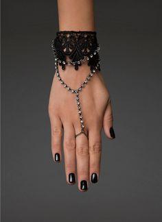 Gemstone & #Lace Ring Bracelet | #blackheart