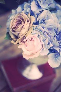 Bouquet colour pallet and style