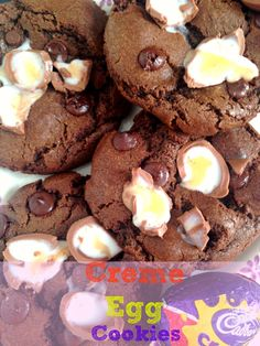 Creme Egg Chocolate Chip Cookies   Kerry Cooks Baking Recipes, Cookie Recipes, Dessert Recipes, Bar Recipes, Candy Recipes, Baking Ideas, Yummy Recipes, Yummy Food, Tasty
