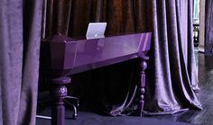 GRAND ENTRÉE - 당신은 the Purple을 통해 비밀스러운 입구 너머 존재하는 특별한 소수의 세계와 조우할 수 있습니다