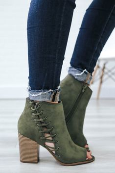 Callme-S Olive Ankle Booties - UOIOnline.com