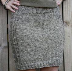 No pattern, only for reference Bilderesultat for drops strikkeoppskrifter Knit Skirt, Knit Dress, Dress Skirt, Quick Knits, Knitting Projects, Knit Crochet, Shorts, Daughter, Stitch