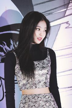 Blackpink Jennie, South Korean Girls, Korean Girl Groups, Rapper, Pink Moon, Blackpink Jisoo, Korean Celebrities, Perfect Woman, K Pop