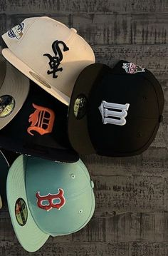 Swag Girl Style, Girl Swag, My Style, Custom Fitted Hats, Fitted Caps, Streetwear Hats, Streetwear Fashion, Chica Chola, Swag Outfits