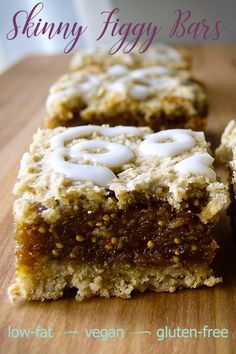 Skinny Figgy Bars - Food Meme - hese vegan fig bars are like the classic fig cookiesa sweet filling sandwiched between layers of flaky crustwith one big difference: they are fat-free. The post Skinny Figgy Bars appeared first on Gag Dad. Vegan Sweets, Healthy Sweets, Vegan Snacks, Gluten Free Desserts, Vegan Desserts, Just Desserts, Plated Desserts, Whole Food Recipes, Cookie Recipes