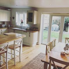 80 Likes, 2 Comments – Home Sweet Home ( Small Open Plan Kitchens, Open Plan Kitchen Dining Living, Living Room And Kitchen Design, Open Plan Kitchen Diner, Kitchen Diner Extension, Kitchen Family Rooms, Cottage Kitchen Plans, Kitchen With Breakfast Bar, Country Kitchen Diner