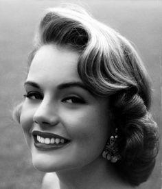 Todays 1950s hair and makeup inspiration from Myrna Hansen, Miss USA 1953