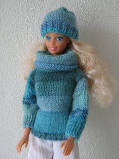 Doll Clothes Barbie, Sindy Doll, Barbie Dress, Knitting Dolls Clothes, Knitted Dolls, Crochet Clothes, Baby Barbie, Barbie And Ken, Barbie Wardrobe