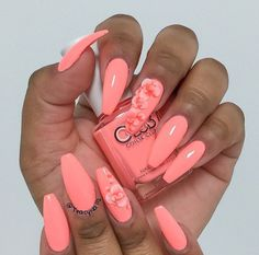 Want to know how to do gel nails at home? Learn the fundamentals with our DIY tutorial that will guide you step by step to professional salon quality nails. Sexy Nails, Hot Nails, Fancy Nails, Fabulous Nails, Gorgeous Nails, Pretty Nails, Nail Art Designs, Coral Nail Designs, Coral Nails With Design