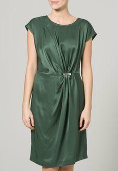 Groene jurk dept