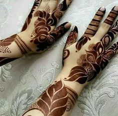 Are you looking for some fascinating design for mehndi? Or need a tutorial to become a perfect mehndi artist? Khafif Mehndi Design, Floral Henna Designs, Finger Henna Designs, Henna Art Designs, Mehndi Designs For Girls, Mehndi Designs 2018, Modern Mehndi Designs, Mehndi Designs For Fingers, Mehndi Design Pictures