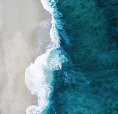 aerial photo of seashore photo – Free Beach Image on Unsplash Ocean Pictures, Beach Images, Beach Photos, Cactus Pictures, Strand Wallpaper, Ocean Wallpaper, Wallpaper Ideas, Maldives Wallpaper, August Wallpaper