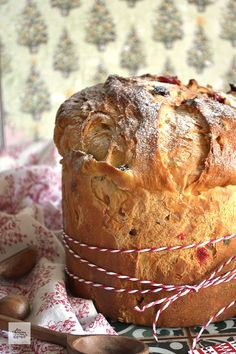 Panatone Bread, Dried Fruit, Bread Rolls, Cooking Time, Muffin, Baking, Eat, Breakfast, Recipes
