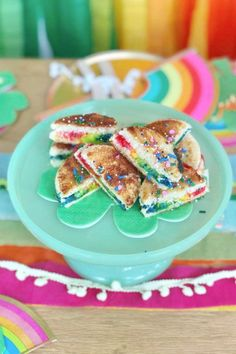 Take a look at this pretty Spring-themed rainbow birthday party! Love the rainbow party food! See more party ideas and share yours at CatchMyParty.com Trolls Birthday Party, Troll Party, Rainbow Birthday Party, Birthday Parties, Birthday Cake, Ireland Holiday, Rainbow Parties, Spring Party, Food Ideas