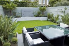 Small garden design ideas modern small backyard brilliant modern backyard design ideas small garden ideas for . Garden Design Ideas On A Budget, Modern Backyard Design, Contemporary Garden Design, Small Backyard Gardens, Small Backyard Landscaping, Backyard Garden Design, Small Garden Design, Modern Landscaping, Garden Spaces
