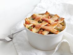 In Pastry-Topped Chicken Potpie, the crisp, flaky pastry topping serves as a perfect contrast to the tender chicken and veggies. Greek Chicken Salad, Chicken Salads, Easy Shredded Chicken, Chicken Potpie, Casserole Recipes, Pie Recipes, Turkey Recipes, Flaky Pastry, Great Recipes